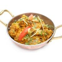 Pork with mushrooms in coconut-curry sauce