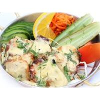 Sliced chicken fillet in cheese marinade, cooked in Tandoor. Served with vegetables