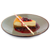 Warm cheesecake with cranberry sauce